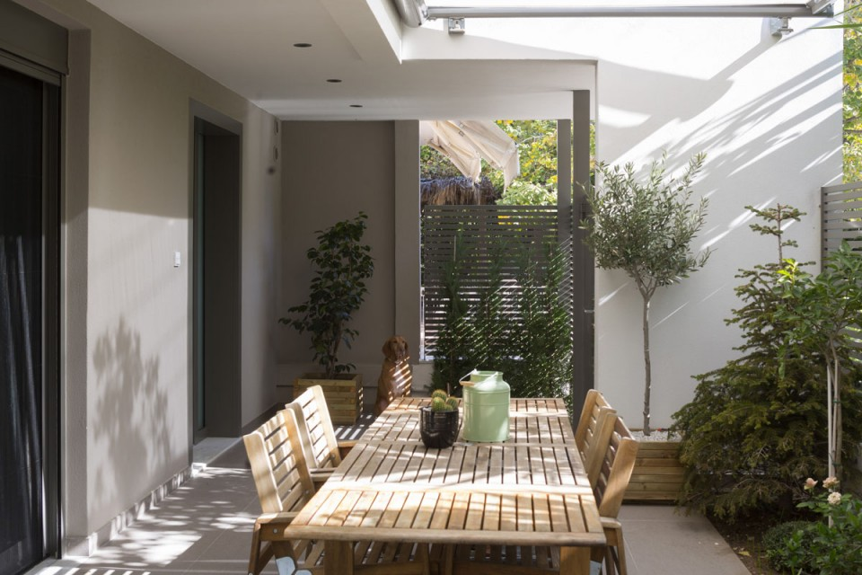House in Halandri, Athens - Greece - hhh architects on Hhh Outdoor Living id=58822